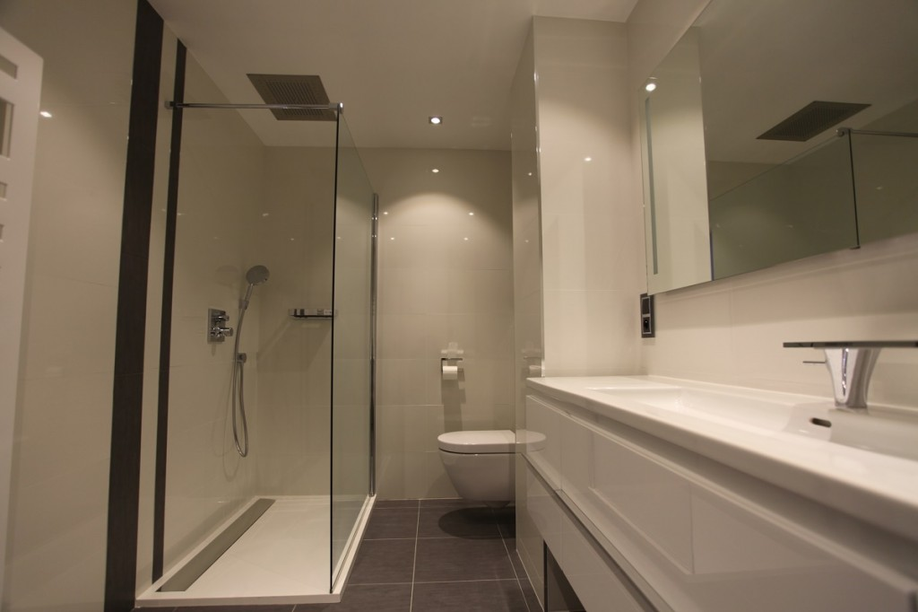 Salle de bain bousiges cr ations for Photo salle de bain contemporaine